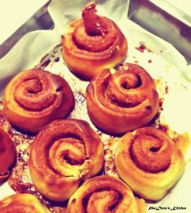 pandoras-kitchen-blog-greece-cinnamon-rolls-brunch