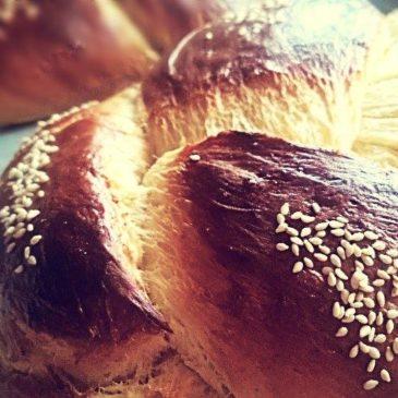 Pandoras-kitchen-blog-greece-easter-tsoureki