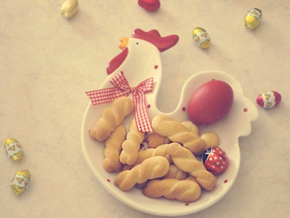 pandoras-kitchen-blog-greece-cookies-tradition-easter