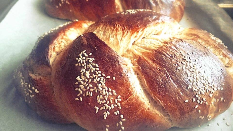 τσουρέκια-πάσχα-πασχαλινό τσουρέκι χωρίς ζάχαρη