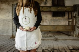 Pandoras-kitchen-blog-greece-giveaway-apron