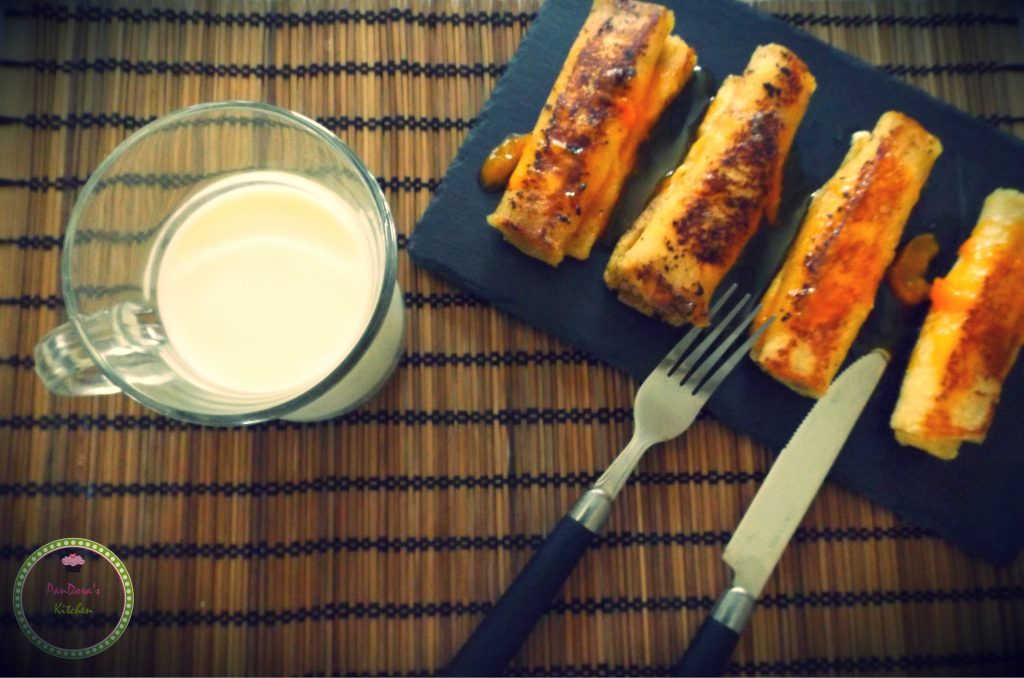 pandoras-kitchen-blog-greece-breakfast-milk-apricot-frenchtoast
