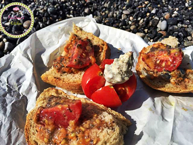 pandoras-kitchen-blog-greece-chios-urchin-salad-summer