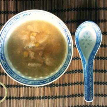 Κινέζικη σούπα με κοτόπουλο και καλαμπόκι