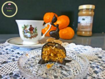 pandoras-kitchen-blog-greece-chios-chocolate-tangarine-vimagourmet-masoutis-χιώτικα σοκολατάκια μανταρινιού με ταχίνι