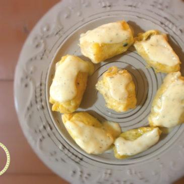Λαχανοντολμάδες με λευκή λεμονάτη κρέμα
