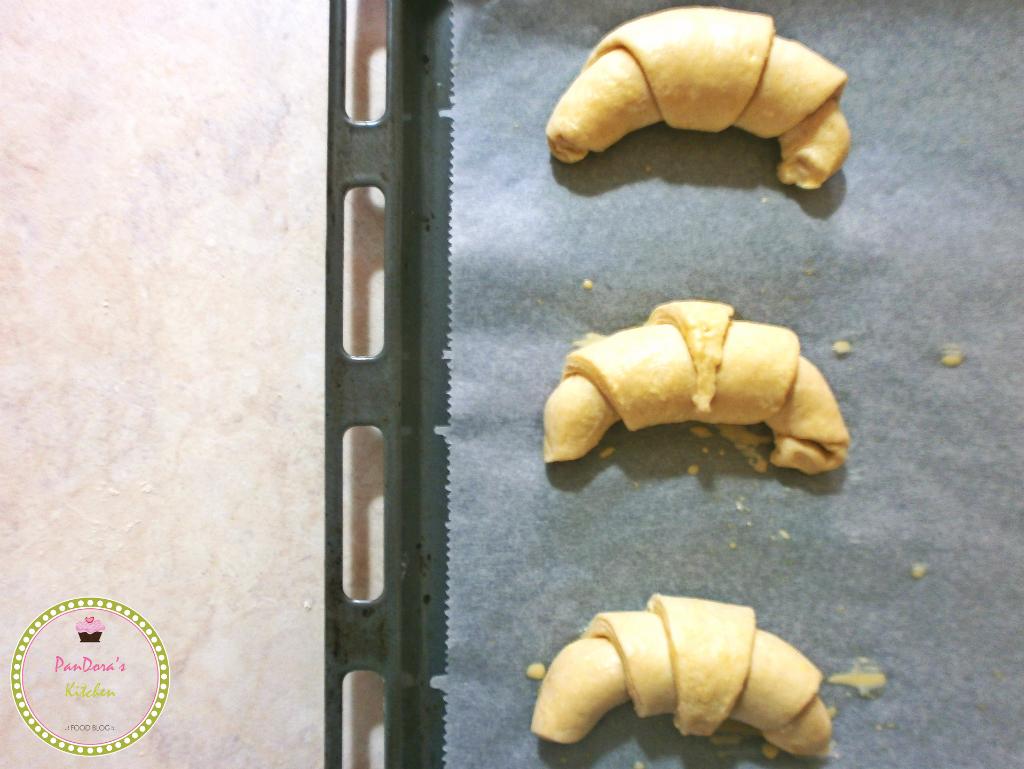 κρουασάν-κρουασάν βουτύρου απο Γαλλικό φούρνο-πρωινό-Γαλλία