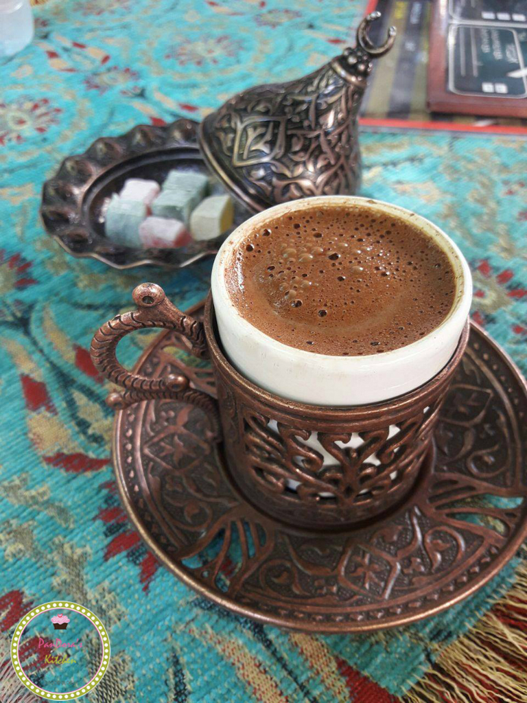 Όλα όσα πρέπει να ξέρετε για τον Ελληνικό καφέ: ιστορία και συνταγή-ελληνικός καφές-καφές-μυστικά-τούρκικος καφές