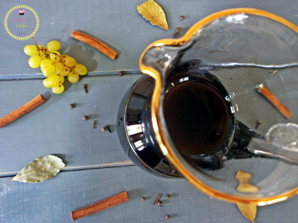 moustos-moustaleuria-grapes-creme-September-greek recipes-autumn