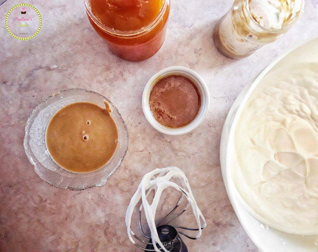 ταχίνι-μους-μέλι-τούρτα