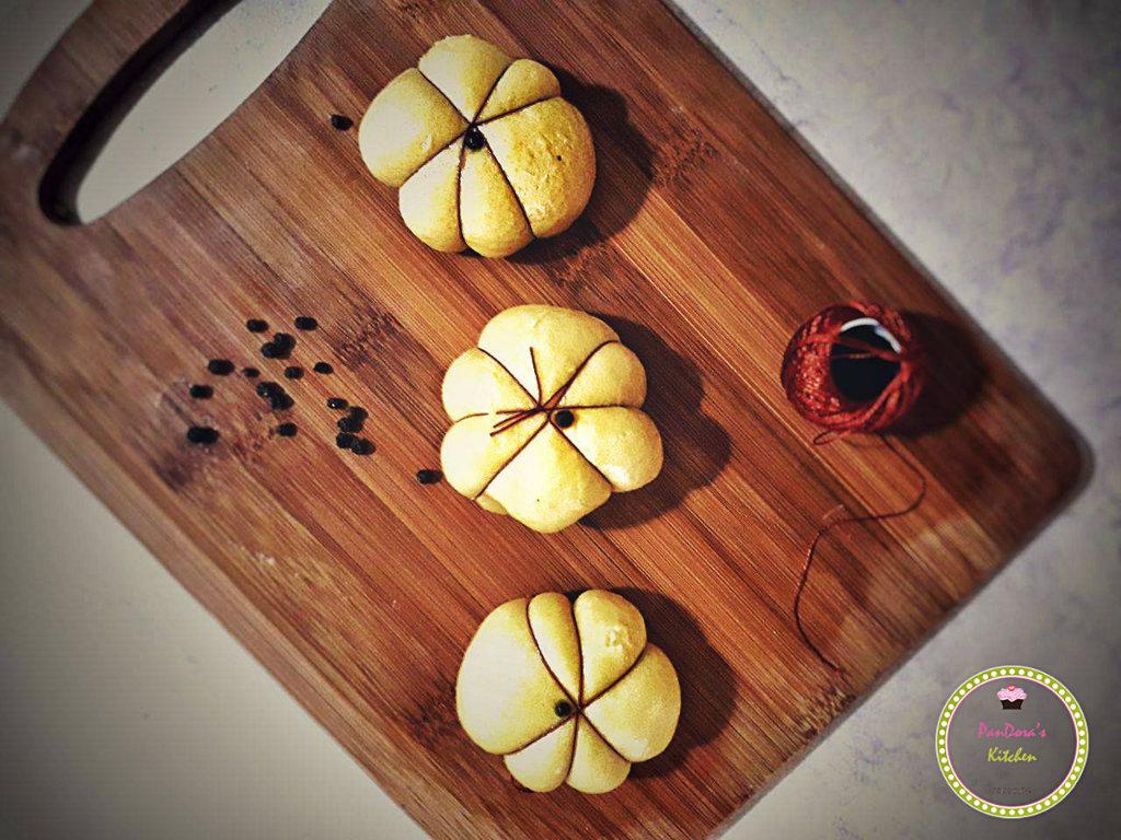 κολοκυθόπιτα-κολοκύθα-Πιροσκί με κίτρινη κολοκύθα και κοπανιστή Τήνου-πιροσκί