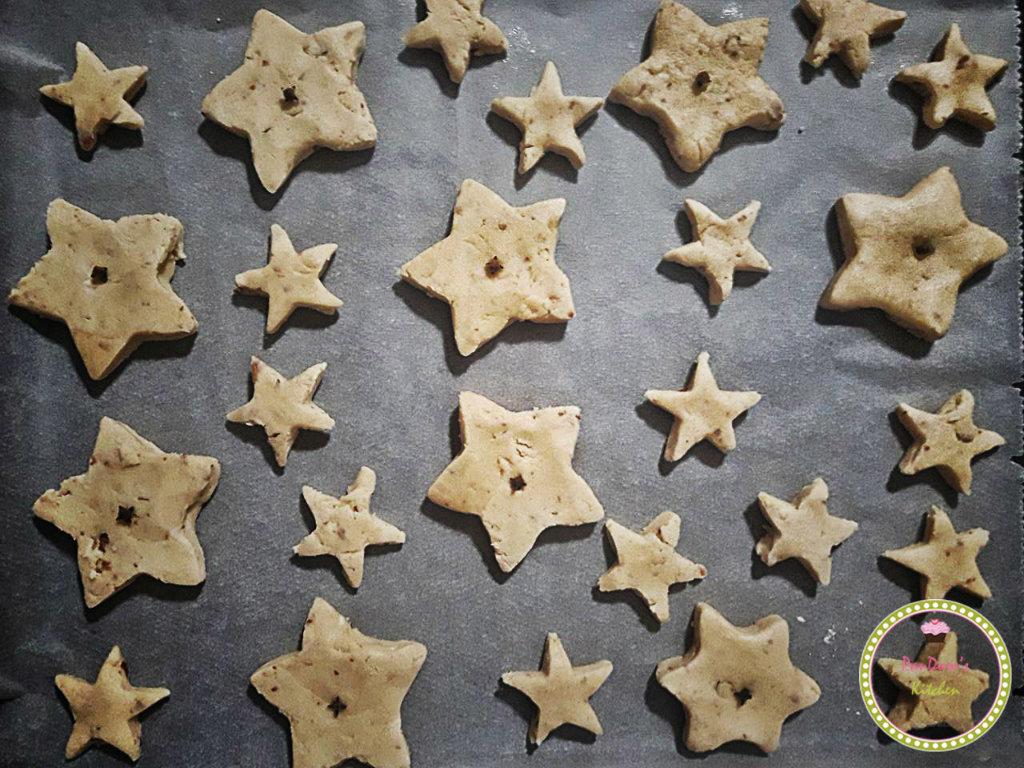 μπισκότα-χριστουγεννιάτικα γλυκά-κουραμπιές