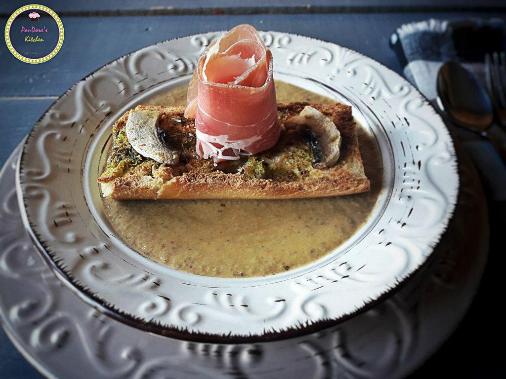 σούπα-μανιταρόσουπα-μπρουσκέτα-μανιτάρι-προσούτο-βασιλικός