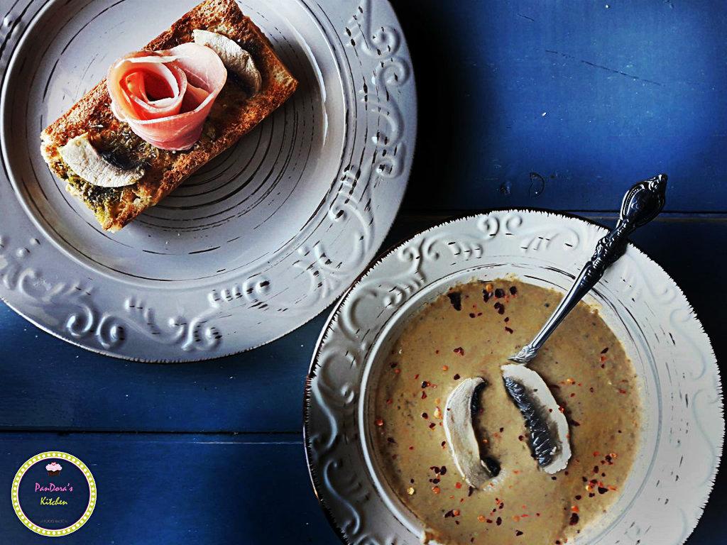 Πικάντικη Μανιταρόσουπα-μανιταρόσουπα-μανιτάρι-σούπα-μπροσκέτα-προσούτο