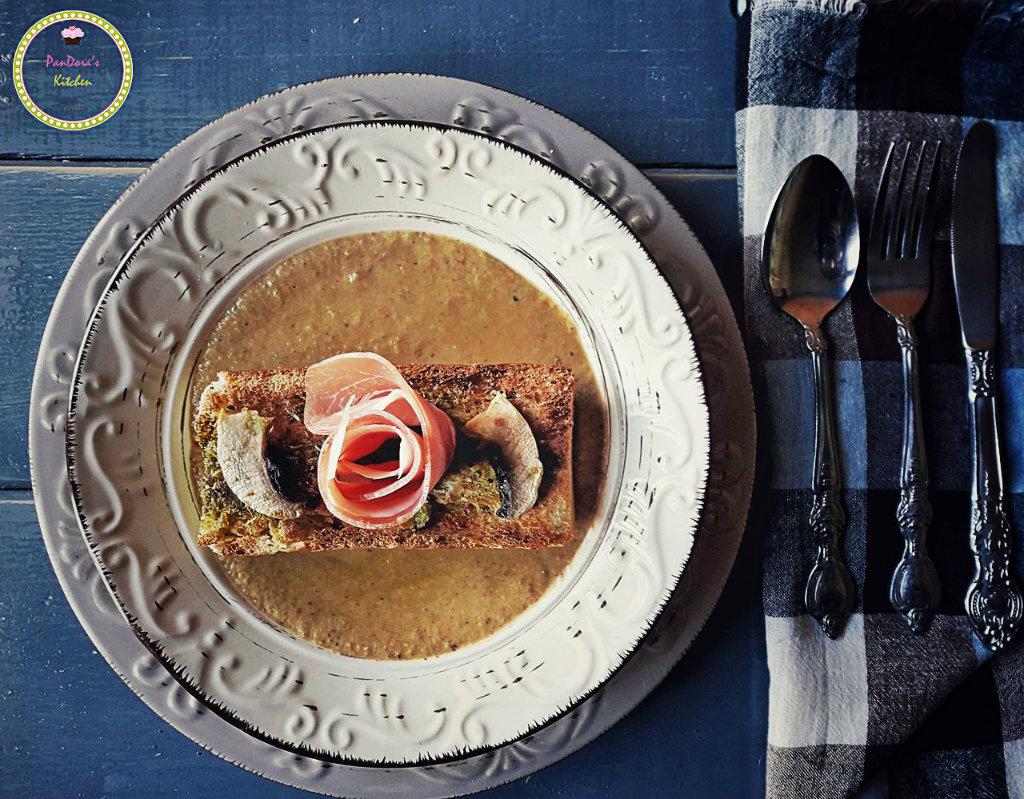 Πικάντικη Μανιταρόσουπα-μανιτάρια-μανιταρόσουπα-σούπα-χειμώνας