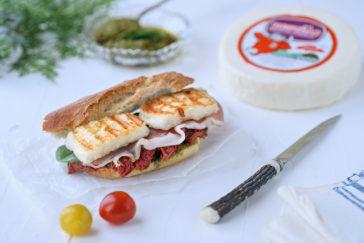 Σάντουιτς με προσούτο και Μαστέλο-μαστέλο-χίος-σάντουιτς
