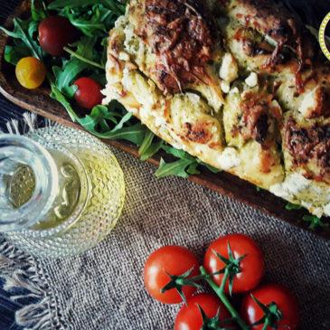 Μεσογειακό τυρόψωμο
