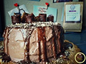 τούρτα πραλίνας φουντουκιού-νουτέλα-τούρτα-σοκολάτα