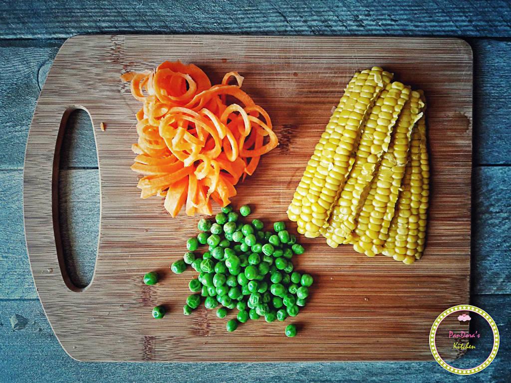 αγρόκηπος χαλβατζή-λαχανικά-καλαμπόκι-καρότο-αρακας
