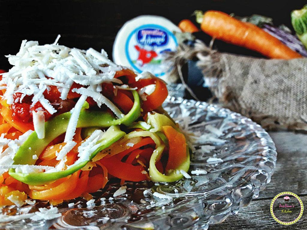 Linguine λαχανικών με αλμυρό τυρί Μαστέλο-Μαστέλο-τυρί-Χίος-λαχανικά-σπιραλ