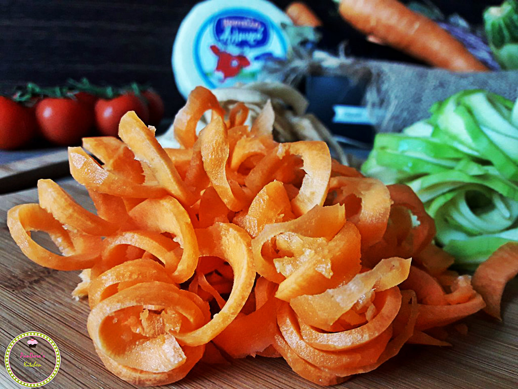 spiralizer-spiral-mastelo-cheese-carrot-vegetable-pandoras kitchen