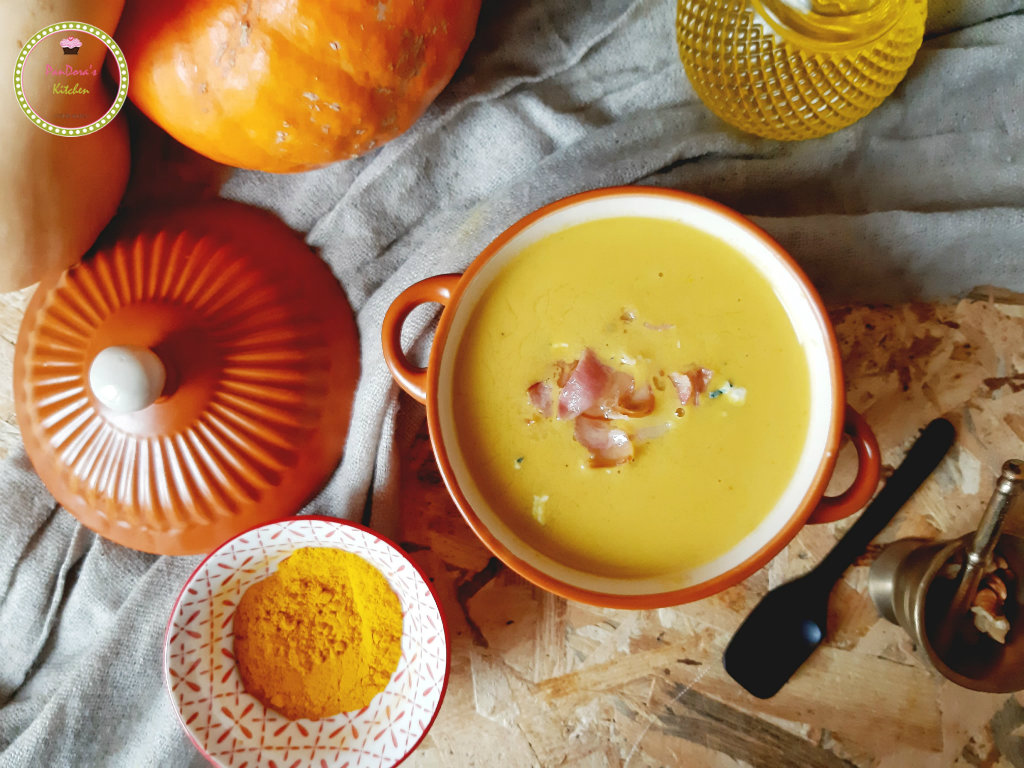 soup-pumpkin-blue_cheese-turmeric